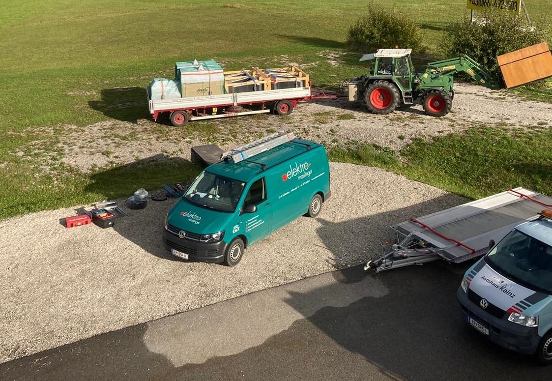 Anlieferung mit eigenem Traktor und Hänger