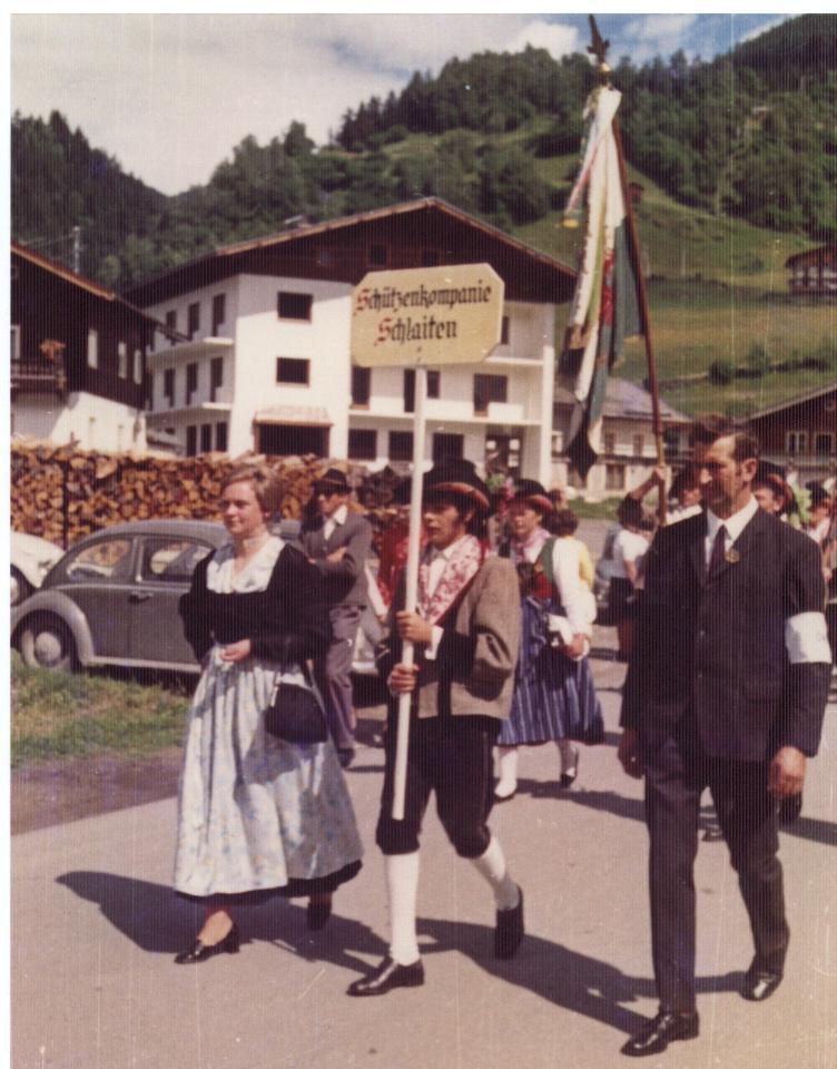 Schützenkompanie Schlaiten 1971 als Ehrenkompanie in Mühlbach - Bramberg