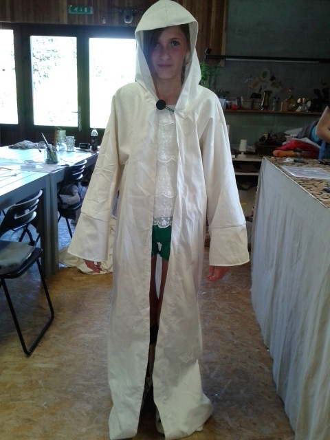 A Gandalf cape (kids sew)