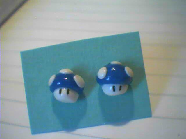 Super Mario, funghetti blu - 3€