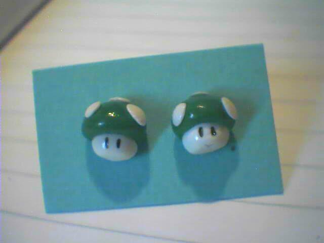 Super Mario, funghetti verdi- 3€