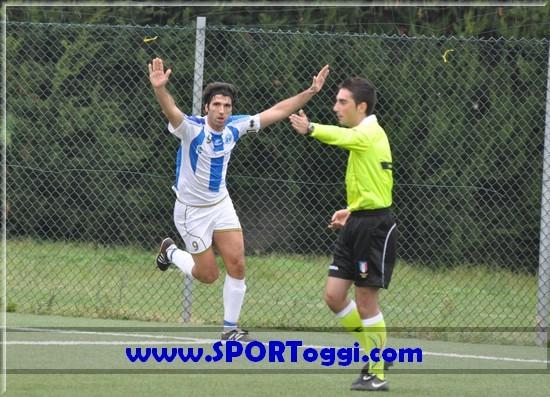 Esultabza Pace in Pe Nord-Pianella 2-0 (2011/12)