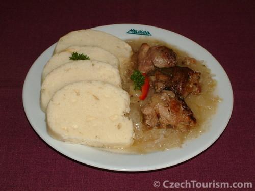 Sauerkraut mit Knödel
