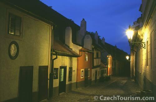 Prager Goldenes Gässchen in der Nacht