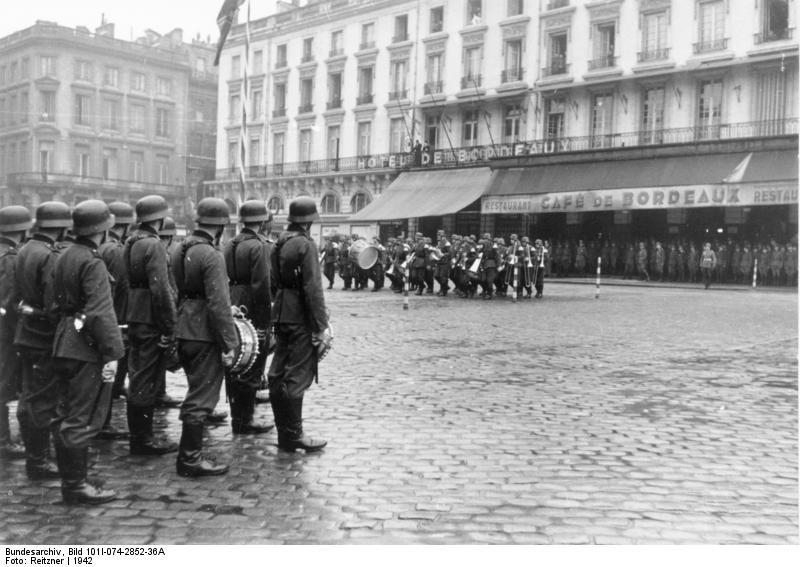 1942, place de la Comédie