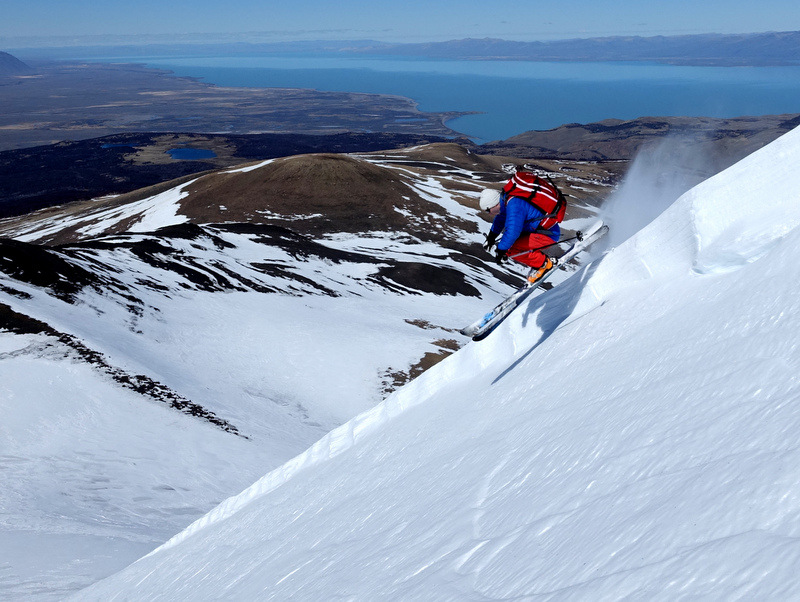 Skier: Stefan Joller / Photo: Wält / Location: El Chalten, Argentina