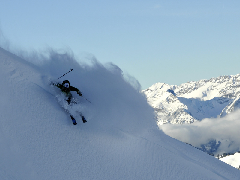 Skier: Stefan Joller / Photo: Dani Perret / Location: Brisen, Engelberger Tal