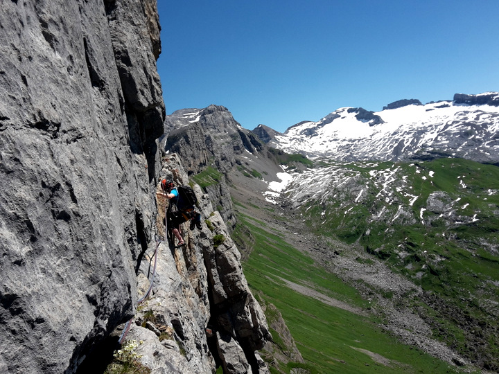 Climber: Dominik / Photo: Stefan Joller / Location: SE-Pfeiler Sättelistock, Engelberg
