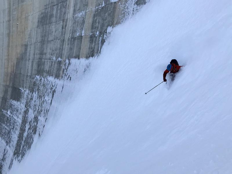 Skier: Stefan Joller / Photo: Matthias / Location: Zinal, Val d'Anniviers