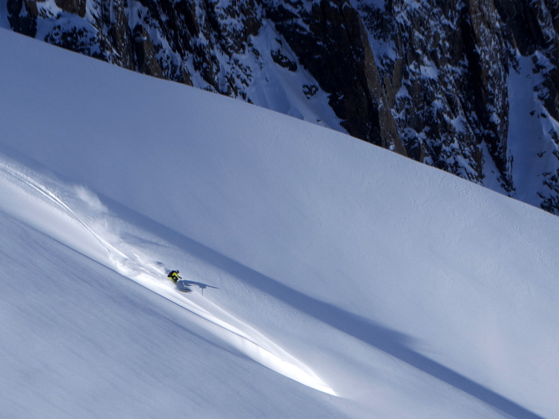Skier: Stefan Joller / Photo: Francisco Medina / Location: Puma Lodge, Chile