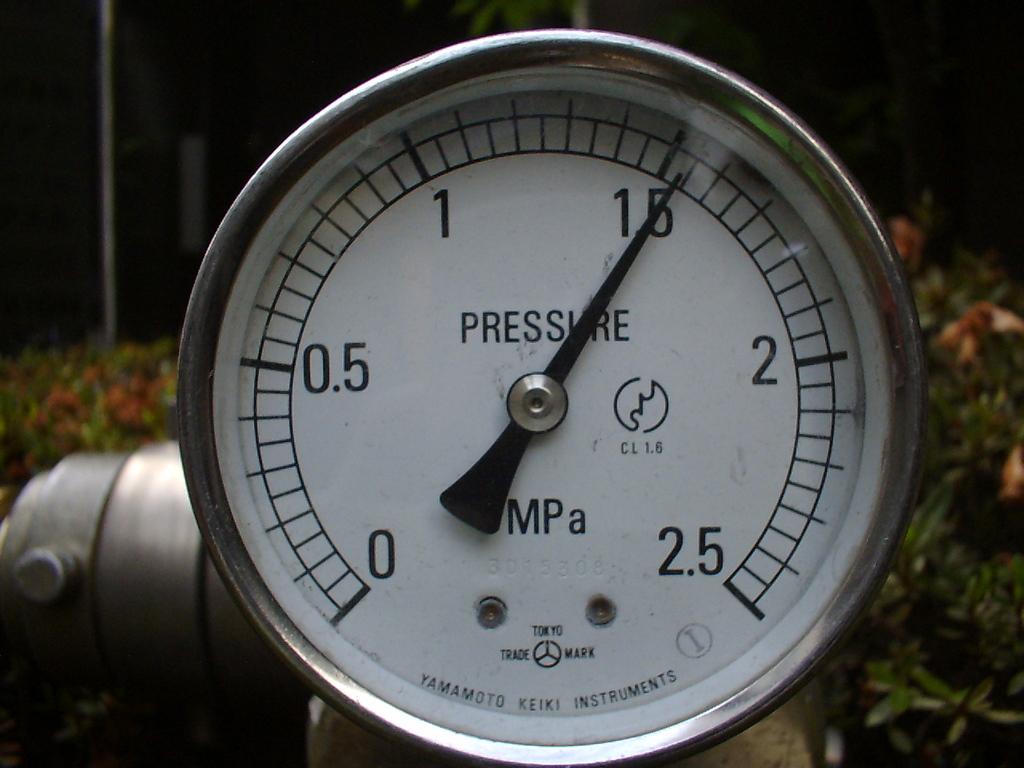 水圧試験 送水口1.54Mpa 3分後・異常なし