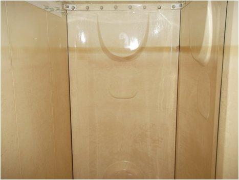 貯水槽壁面清掃前