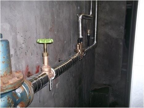 定水位弁(FMバルブ)配管交換ご保温完了