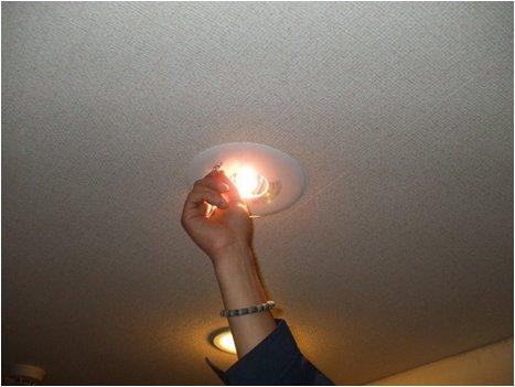 新非常照明器具交換後点灯試験