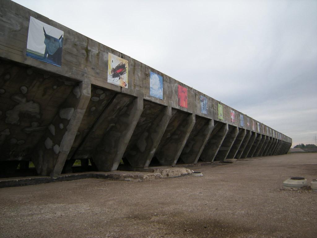 Solarbunker, Kunstobjekte
