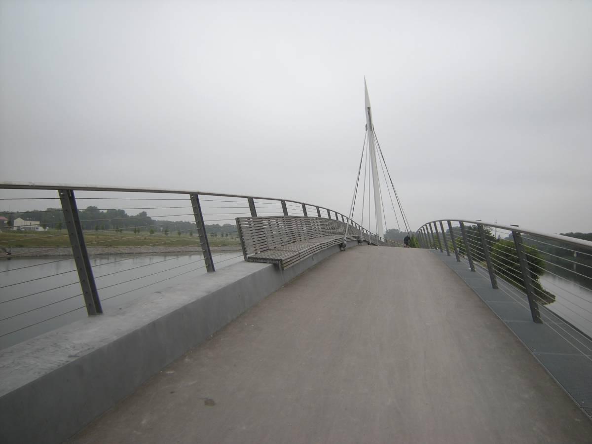 auf der Hafenbrücke