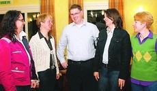 Vorstand komplett: Katrin Brandes (Schriftführerin), Bärbel Auffarth (Vorsitz), Thomas Karrasch (3. Vors.), Katja Stöver (2. Vors.) und Kassenwartin Birgit Wöbken (v.l.) BILD: LOEST