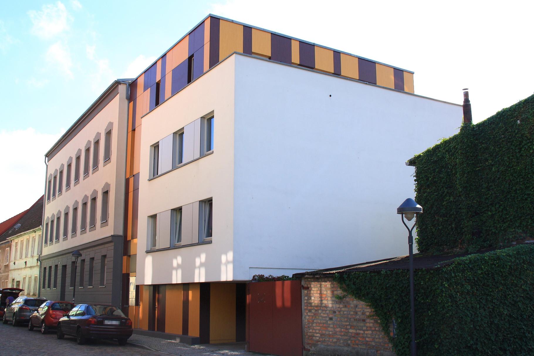 Anklam, Mehrfamilienhaus Heilige-Geist-Straße 16-18