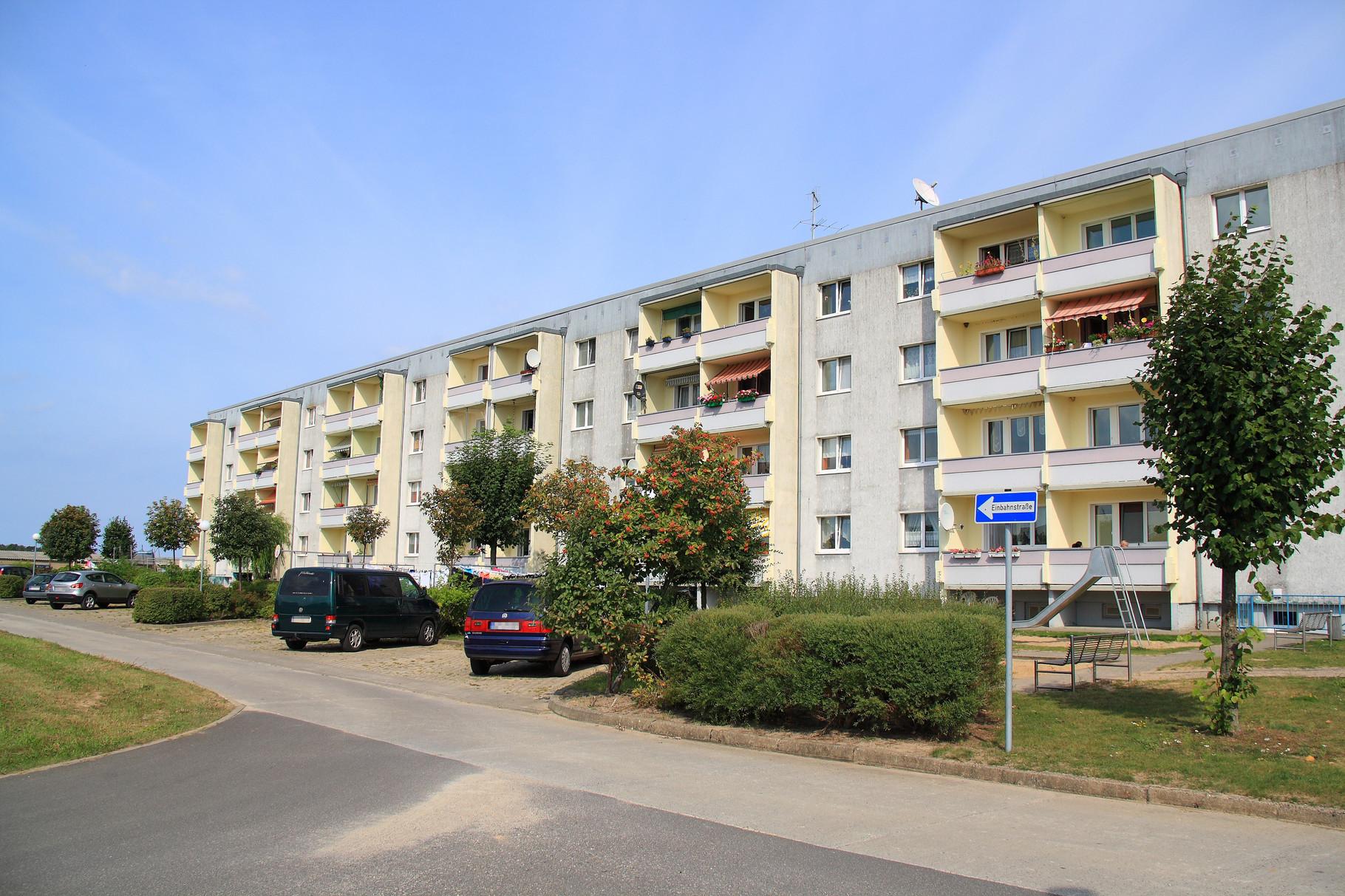 Pudagla, Wohngebäude Lindenstraße 15-20