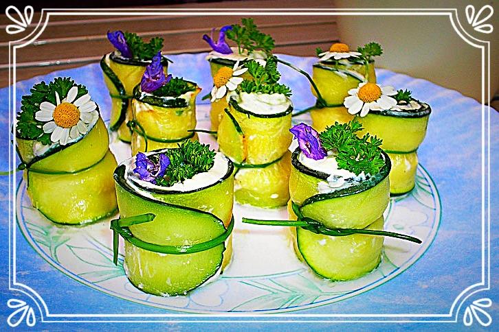 Zucchiniröllchen