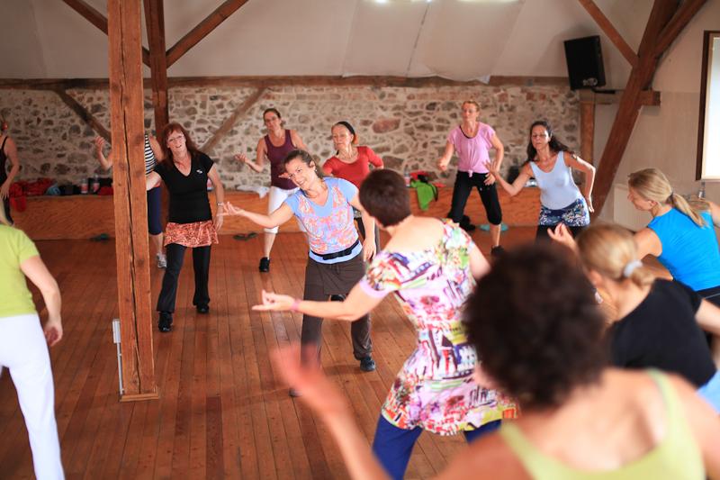 Tanzen, Sport treiben, Spaß haben, Schwitzen Ohne Choreografie und doch angeleitet Energy Dance® Festival in Sachsen 2014