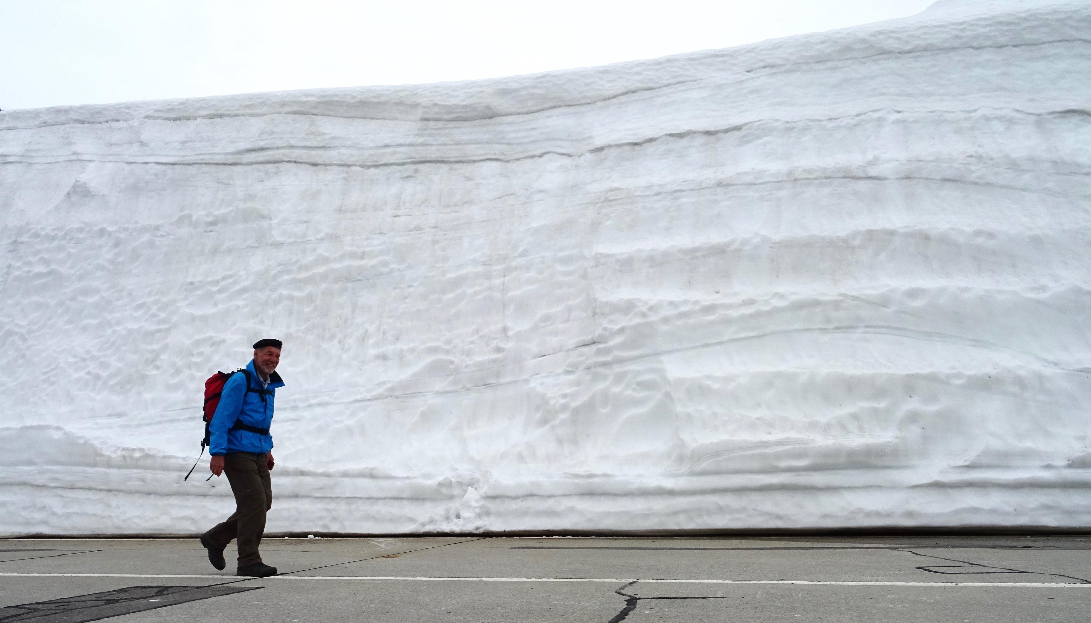 jetzt verstehen wir, weshalb der Gotthard noch so lange geschlossen ist