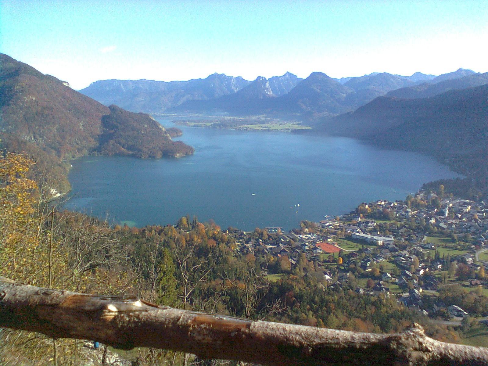 Blick vom Plombergstein zum Wolfgangsee.