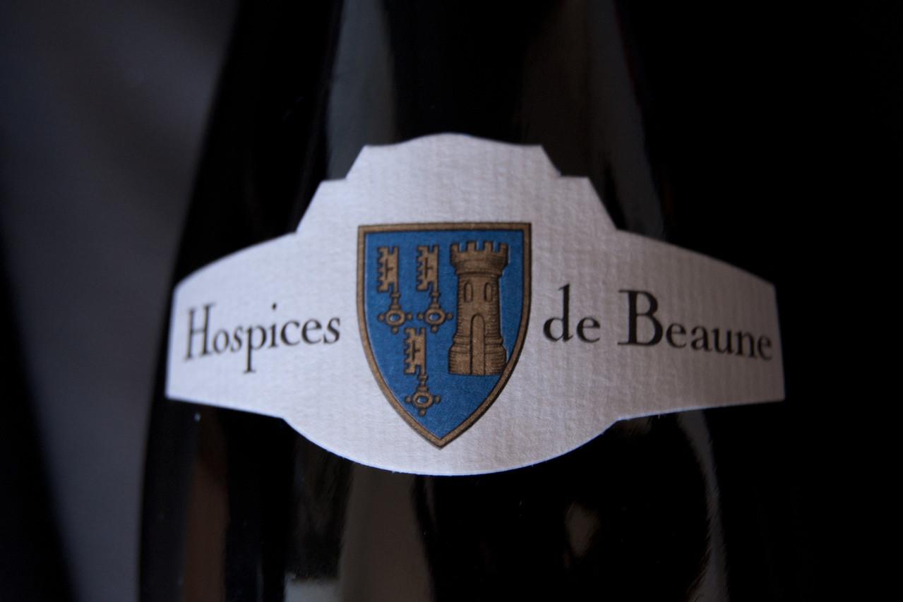 Une bouteille des Hospices de Beaune