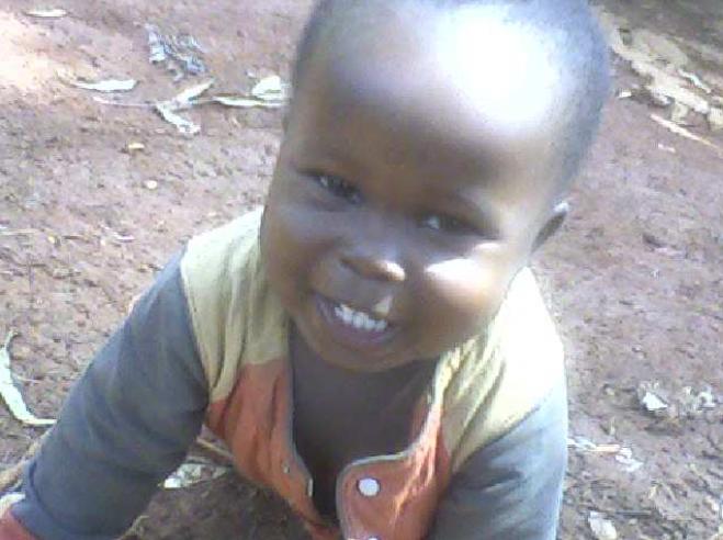 August 2011, 14 Monate nach seiner Ankunft, Lawrence ist ein großer und zufriedener Junge geworden.