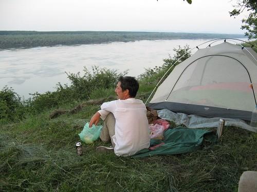 Lagerplatz an der Donau in Serbien