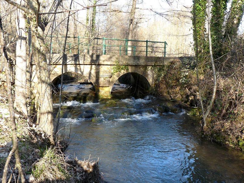 Pont sur la Couze à Montferrand du Périgord