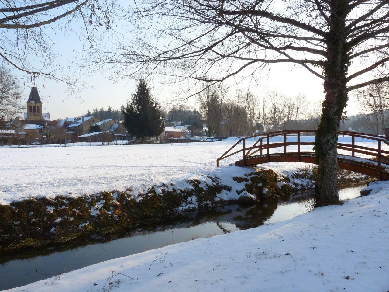 La Louyre sous la neige en 2012 à Lamonzie Montastruc