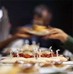 """スペインの食文化のシンボル """"タパス"""" (www.foodsfromspain.com)"""