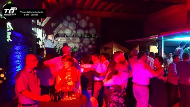 DJ für Silberhochzeit in Wormersdorf