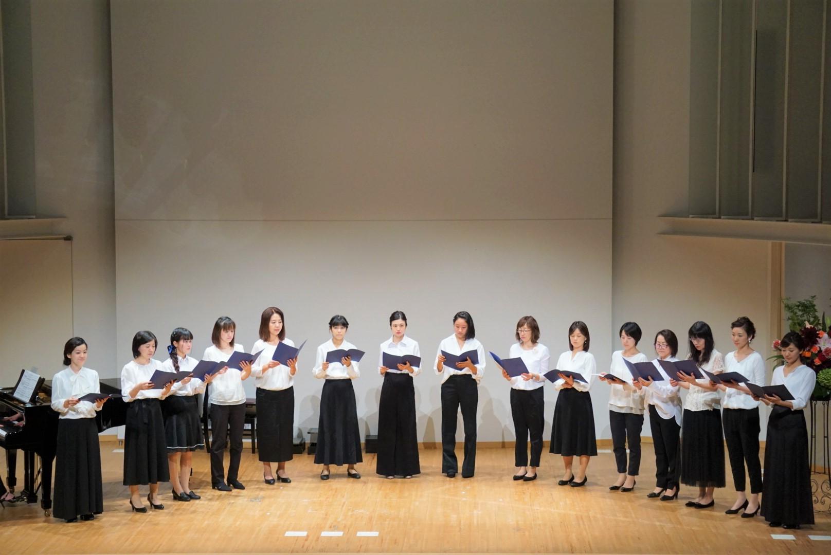 2018年10月27日 奏の会ピアノ発表会 中学生以上の生徒と保護者による合唱