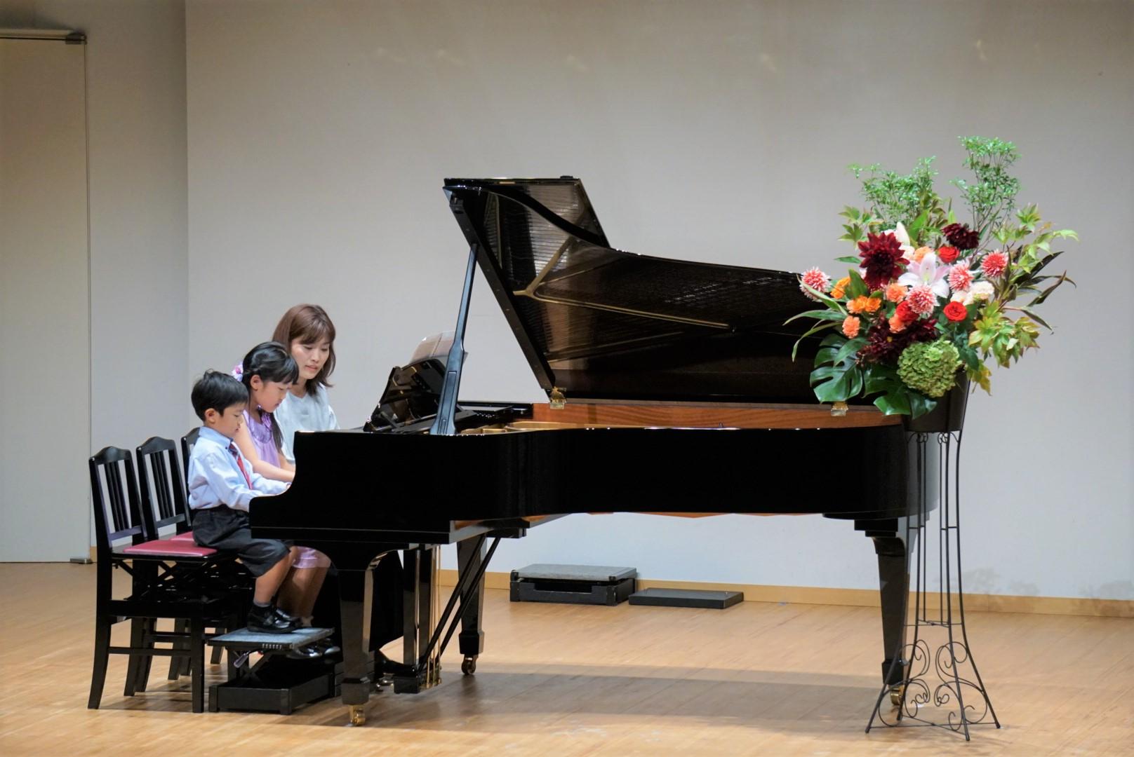2018年10月27日 奏の会ピアノ発表会 親子のピアノ連弾