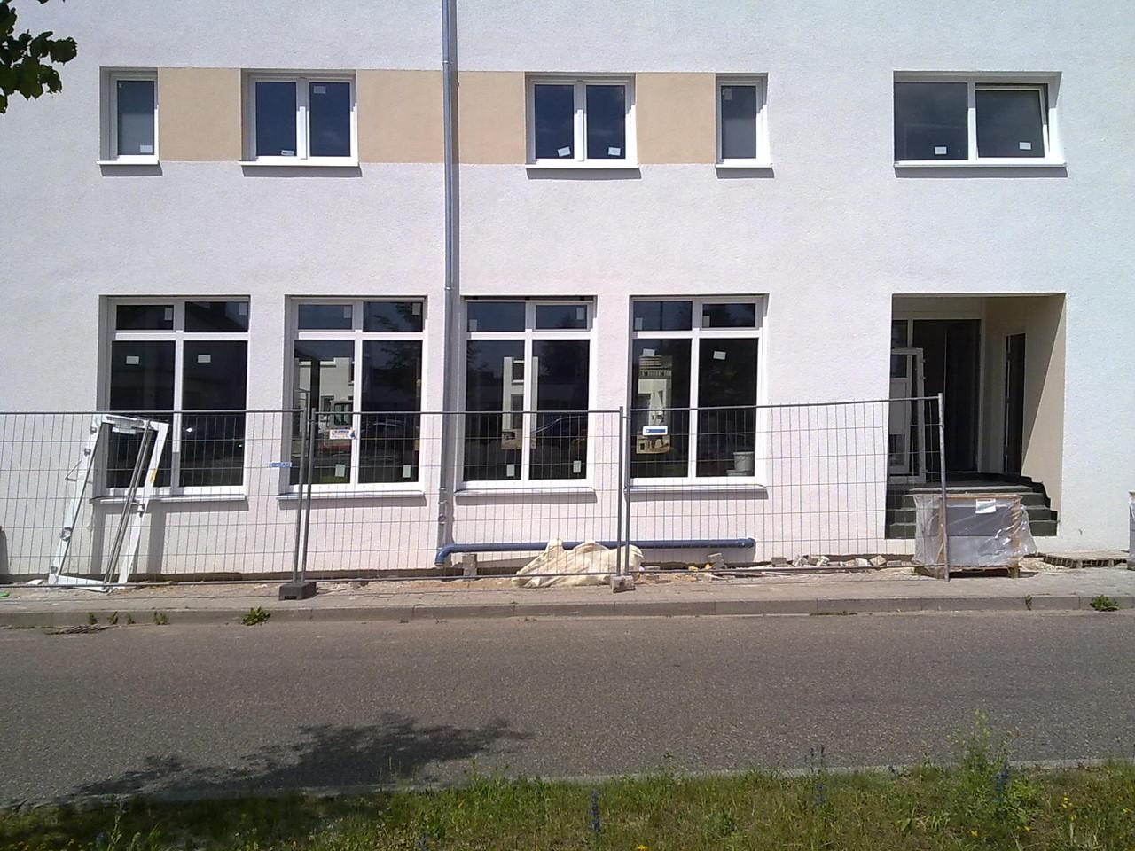 Mai 2012 Nach einem langen Winter, etlichen Behörden- Bank und sonstigen Amtsgesprächen, realisiert sich der Traum Schritt für Schritt und bekommt endlich ein Gesicht  :-)
