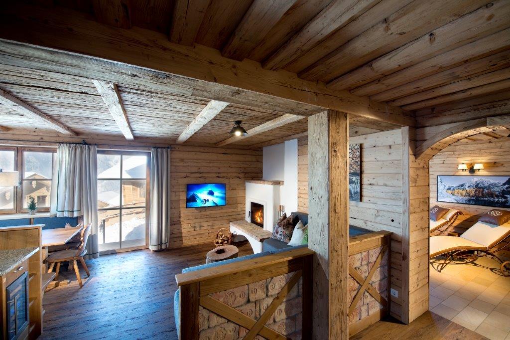 Edeldielenmanufaktur Almchalet Skiworld Amade