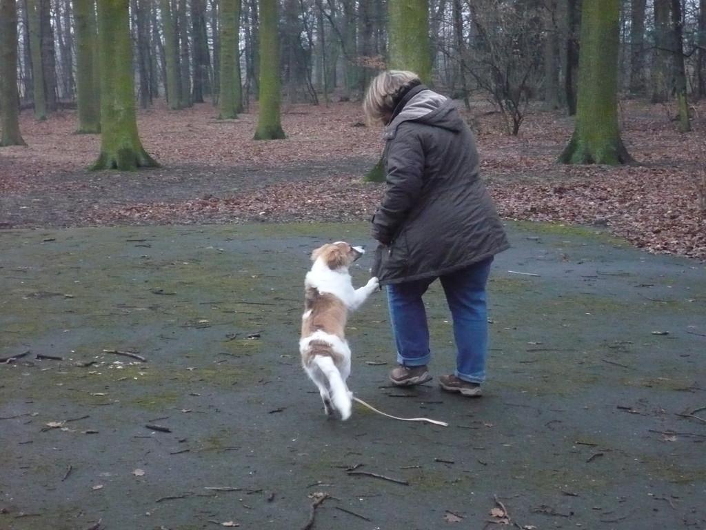 Birgit übt Laufen mit mir