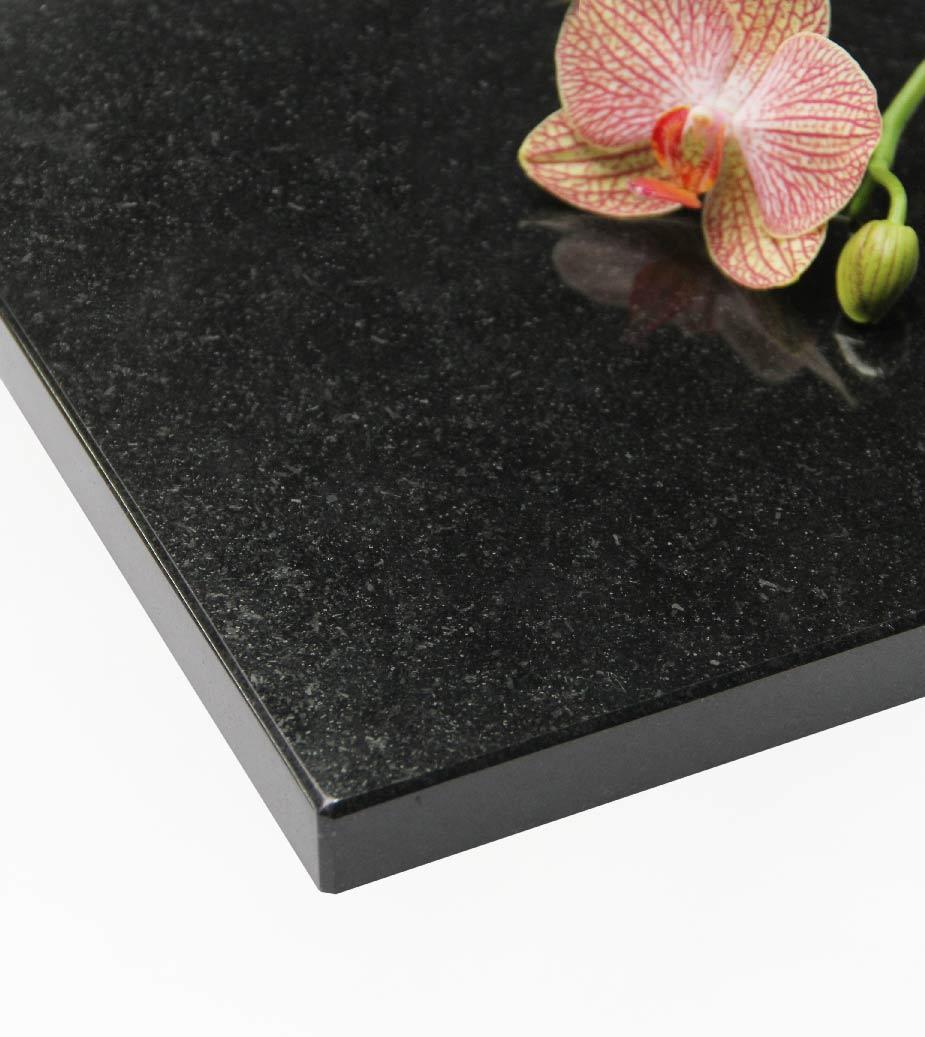 Plateau 5 : Granit Noir Zimbabwe ( poli )