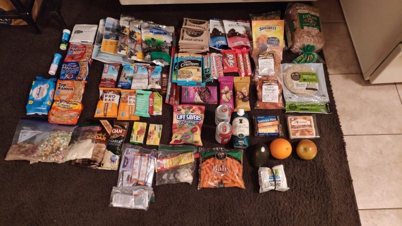 Hier liegen 170 Dollar, Essen für 8 Tage