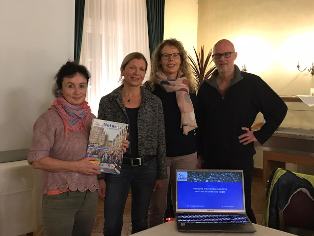 Der Vorstand der BI B 51 Telgte freute sich über den gut besuchten Vortrag von Dr. Thomas Hövelmann (von links): Dr. Maria Odenthal-Schnittler, Ute Kutscher-Große-Inkrott und Marion Walorski (Foto: Charlotte Schnittler)