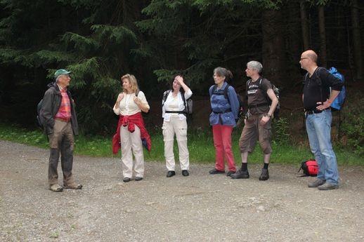 Uwe Wegener links mit der AG Botanik am Brocken   Bild: Joachim Eberhardt