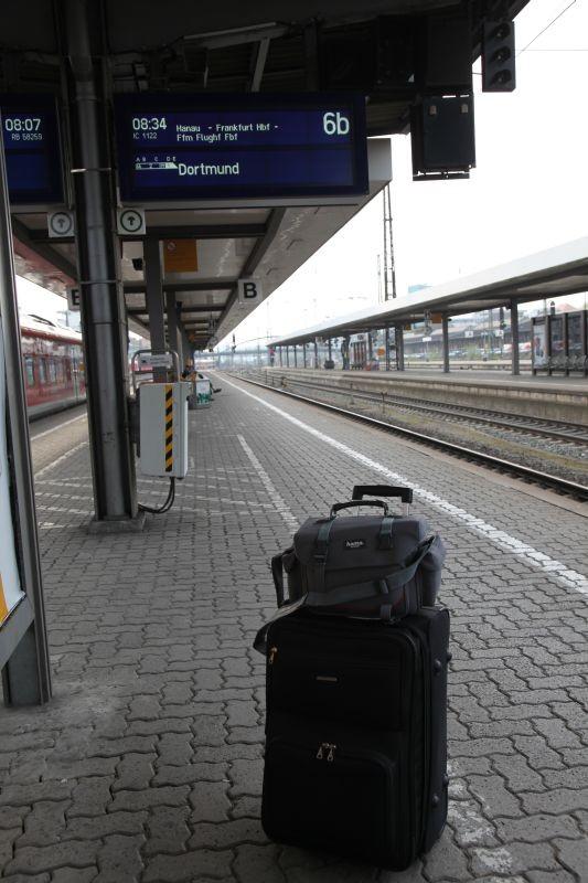 Würzburg Hauptbahnhof Richtung Frankfurt.