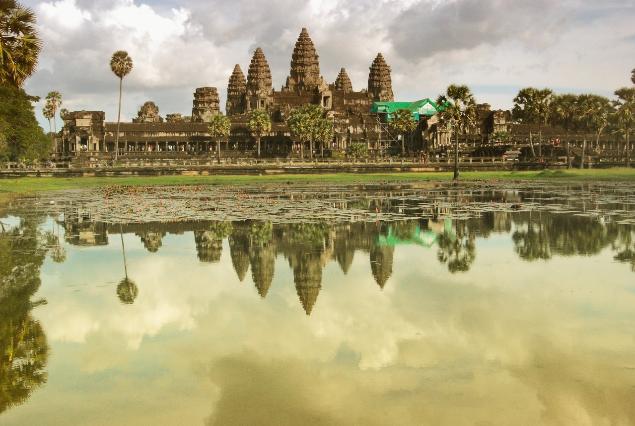 ANGKOR WHAT  - CAMBOGIA-