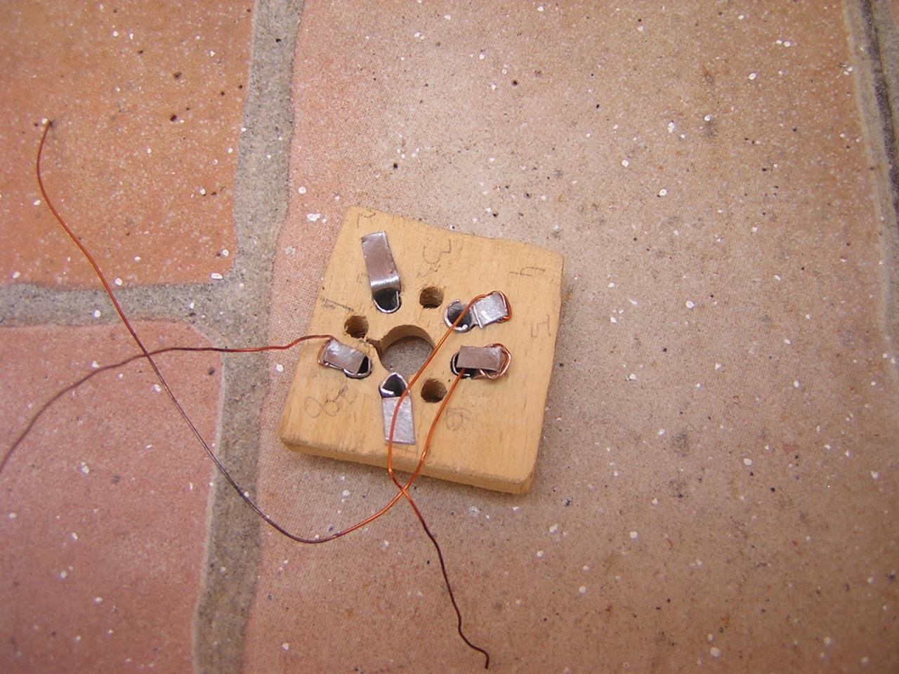 parte bassa zoccolo in legno