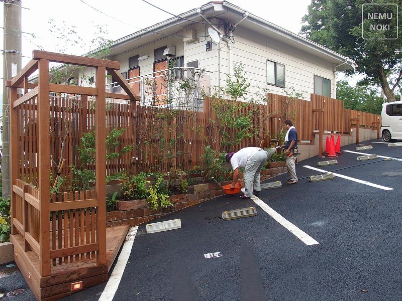 ウッドフェンス、縦格子、坪庭、ベンチ、ガーデン、施工例