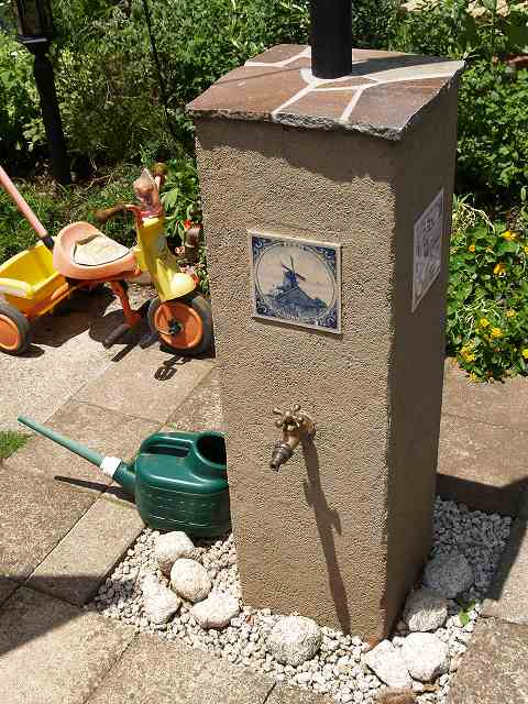 庭遊びに欠かせない立水栓もお洒落にデザインします