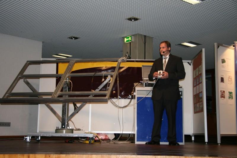 Präsentation der Abschlussarbeit Mobiler Photovoltaik Prüfstand