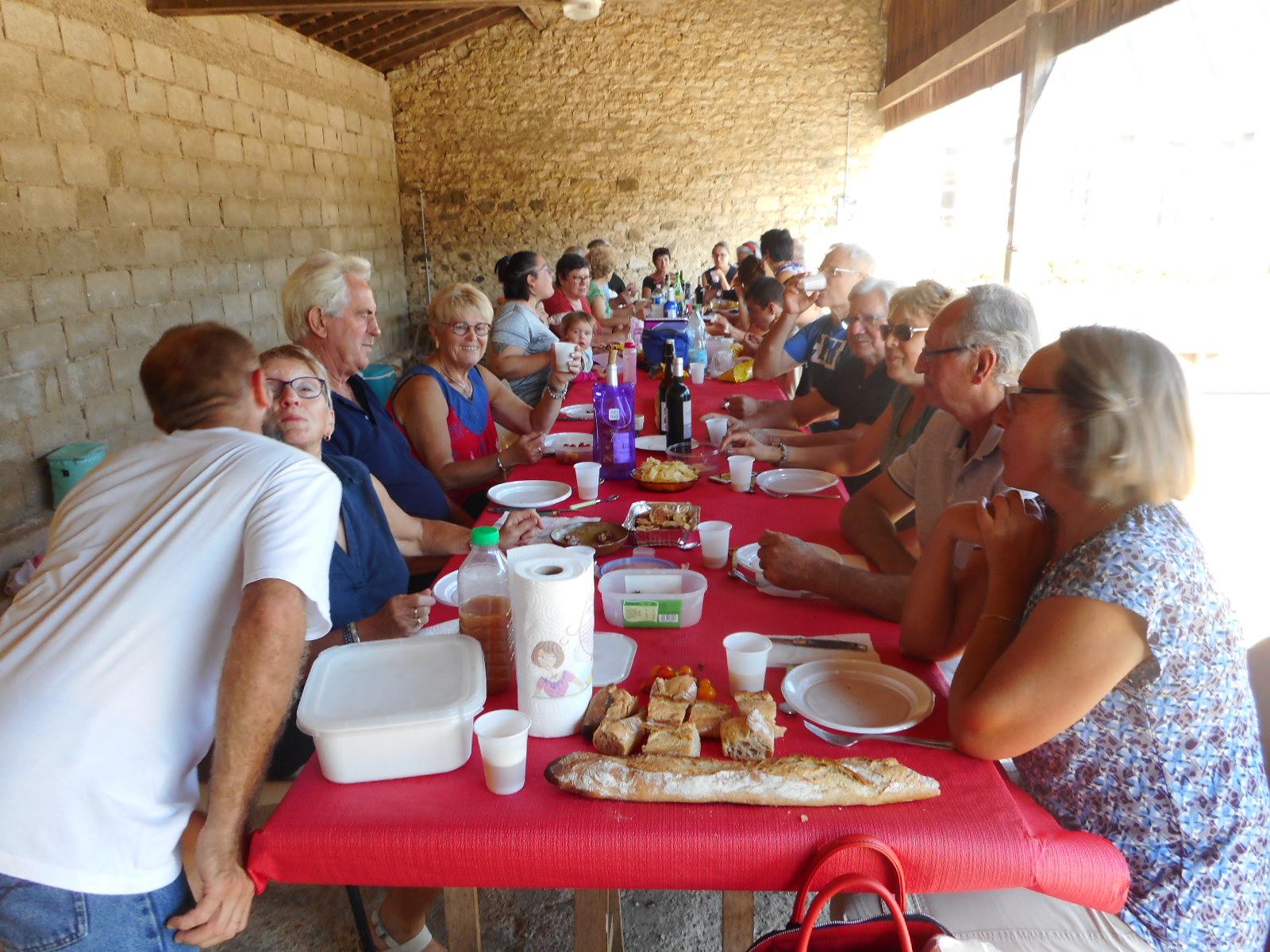 Déjeuner barbecue avant la compétition